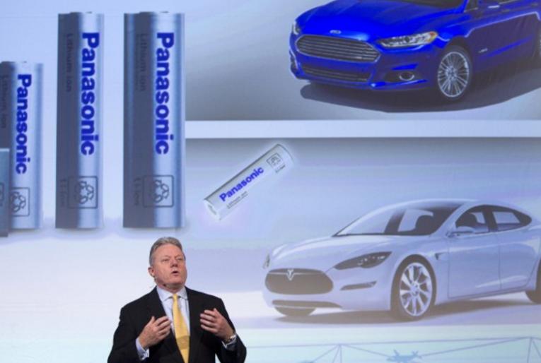 [2016未來商務]砸16 億美元搶市場,Tesla 與Panasonic 合作打造超級電池廠!