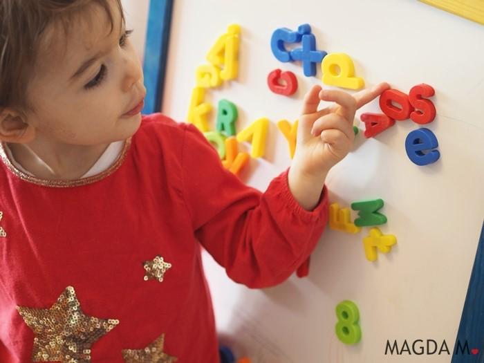 jak nauczyc dziecko kolorow po angielsku