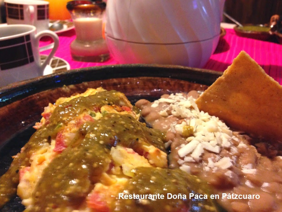 Enjoy a traditional mexican breakfast in Pátzcuaro at Doña Paca Restaurant