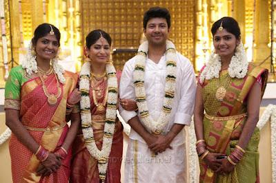 guests-at-Actress-Vijayalakshmi-wedding2
