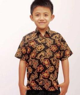 Model baju batik anak laki-laki formal