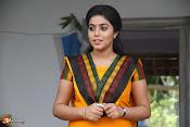 Jayammu NischayammuRaa Movie Stills-thumbnail-9