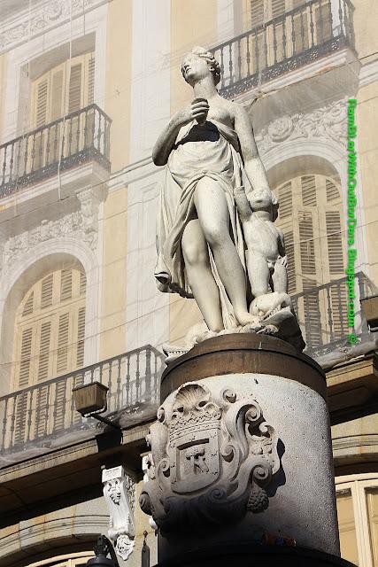 Statue, La Mariblanca, Puerta del Sol, Madrid, Spain