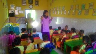 Guru TK Harus Mengajar Anak-anak dengan Sabar, Telaten dan Terampil