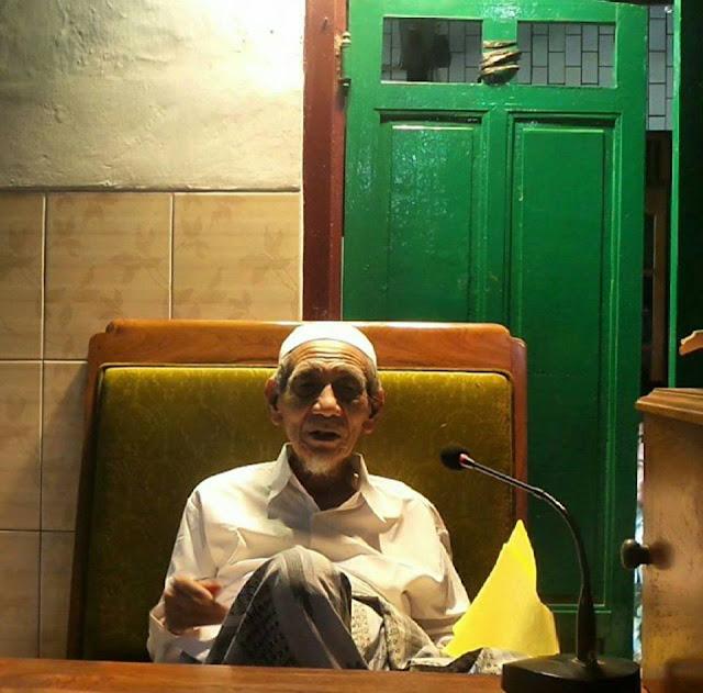 Mbah Maimoen Zubair: Kemenangan Islam itu Oleh Orang Non Arab