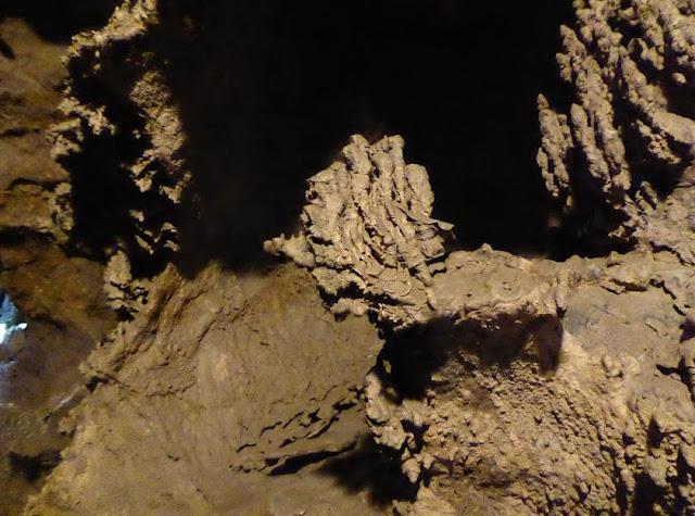 conformazioni di argilla nella grotta del vento