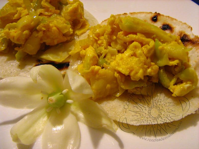 Cocina costarricense flor de itabo en gallos - Flores para cocinar ...