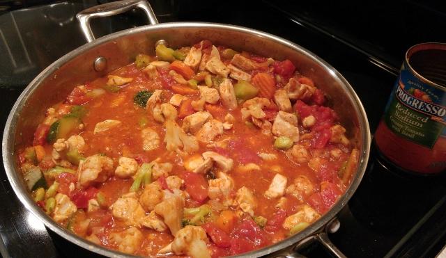 Simmer Chicken Cacciatore veggie sauce till bubbly