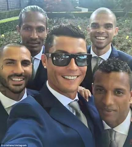 Real madrid player christian Ronaldo and  his Portugal teammates take a selfie