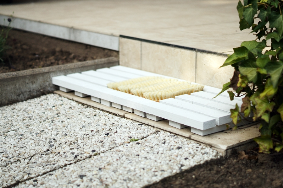 Blog + Fotografie by it's me! - fim.works - DIY Holzfußmatte, Waschbetonplatte, geflieste Terrasse