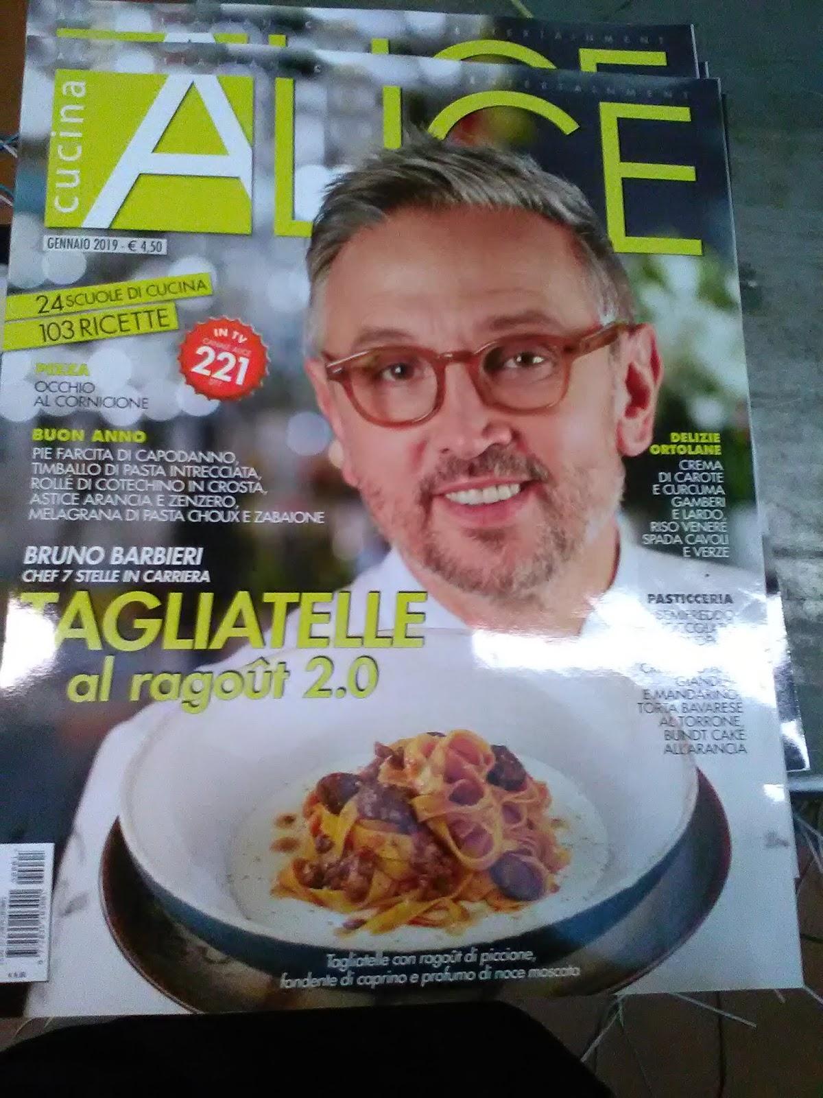 Stamattina mi è capitata in mano la rivista di cucina che vedete qui sopra.  In copertina si vede un noto chef in cui ogni tanto m imbatto in  televisione 4b3244724b8