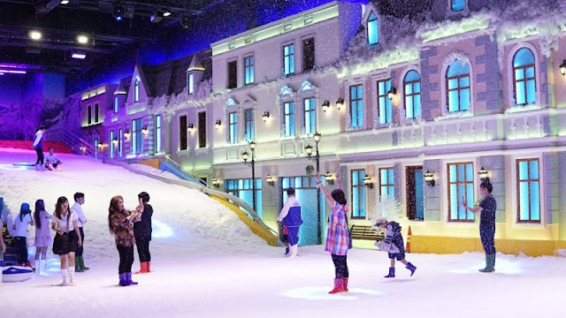 Snow Town – a new entertainment venue in HCMC 1