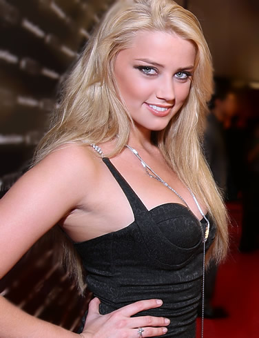 Amber Heard Biography ~ Famous Biographies