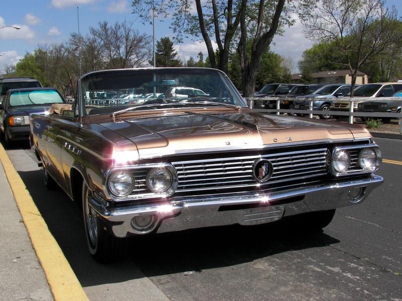 B on 1963 Buick Lesabre 4 Door