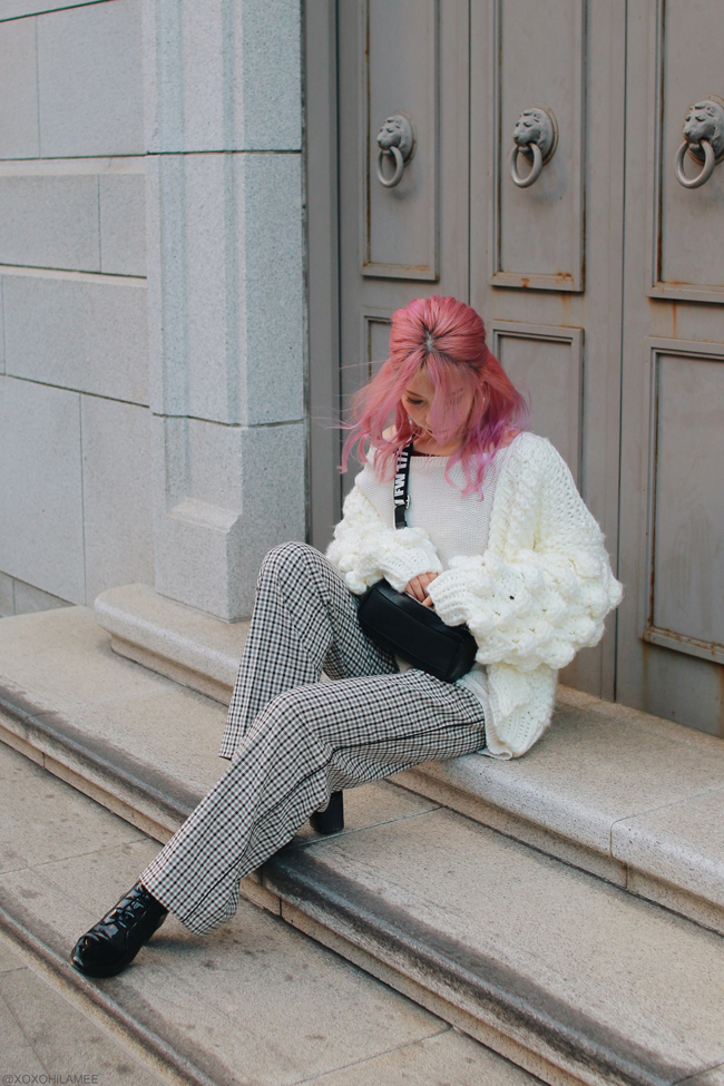 Japanese Fashion Blogger,Mizuho K,2018,0211OOTD,Chicwish=pompom sleeves chunky knit cardigan,ZARA=knit sweater,Crossbody,TWINSET=gunclub check wide pants,CHOIES=lace up boots,duck ring and star earring from me when I was 10 years old