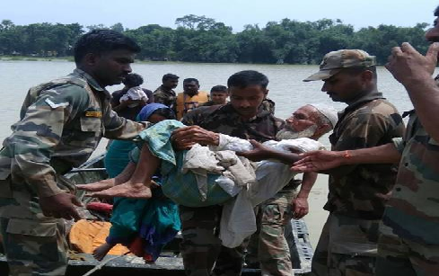 army-lends-helping-hand-in-bihar-floods-paramnews