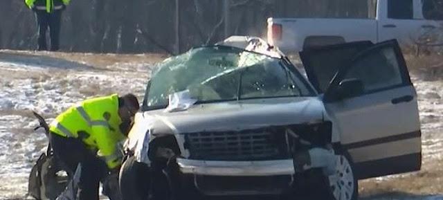 Φριχτό τροχαίο: 5 παιδιά νεκρά, σώθηκε η οδηγός μητέρα τους (photos)