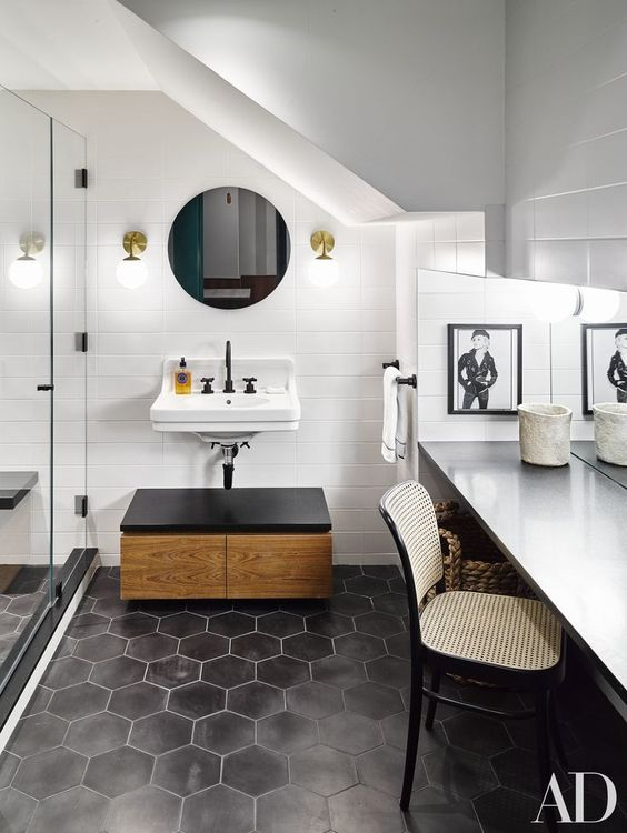 The Peak of Très Chic: Needing, Wanting, Loving: Hexagon Tiles