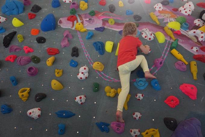 Berliini, kiipeilyä lasten kanssa, boulderointi