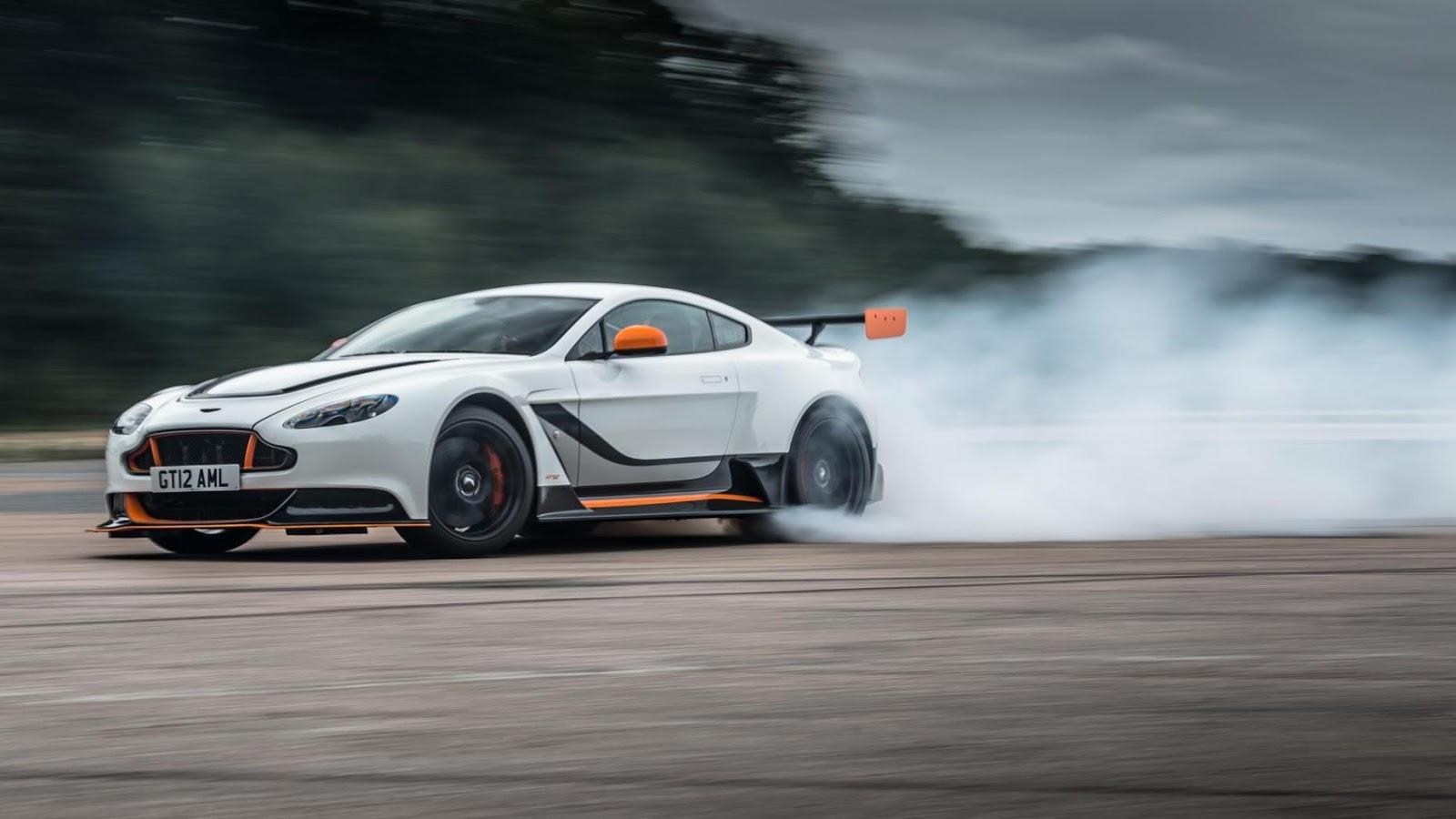 Hình dáng, làn khói hay tiếng gầm quyết định uy lực chiếc xe?