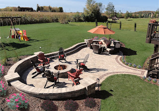 Fire Pits, landscaper, Milwaukee landscaping, retaining wall builders, landscape companies