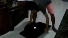 Prabowo Kalah Quick Count, Pria Ini Mengamuk Banting TV lalu Diinjak