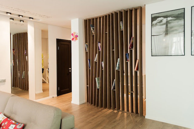 vách ngăn gỗ phòng khách đẹp- mẫu 7