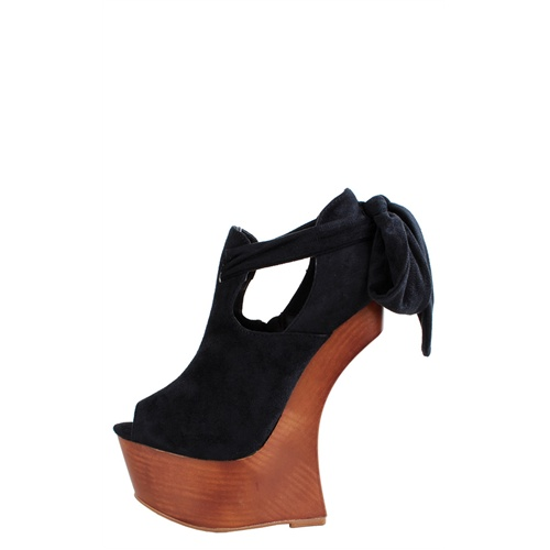 Make Me Chic Heel Less Shoes