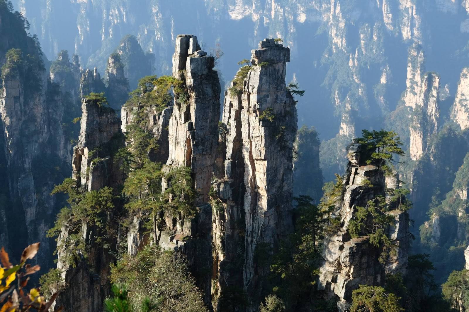Парящие горы из Аватара.