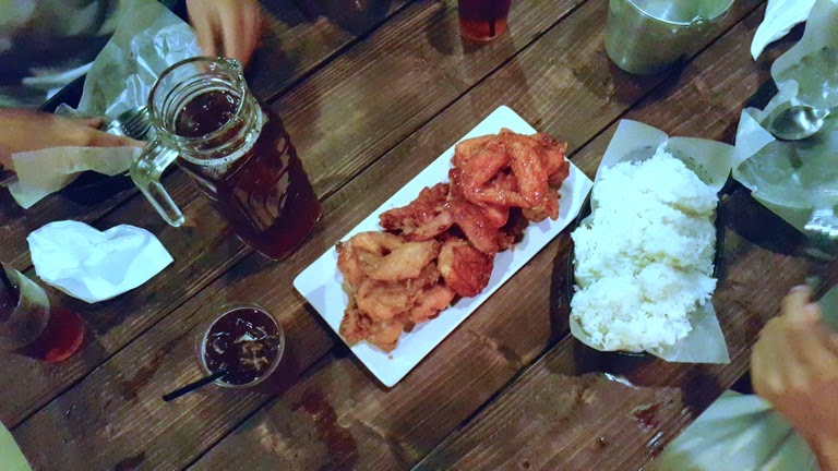 Unlimited Chicken Wings at The Burrow, Ground Floor Tsai Hotel, Wilson Street, Lahug, Cebu City