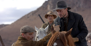 far from men-loins des hommes-viggo mortensen-jean-jerome esposito-yann goven