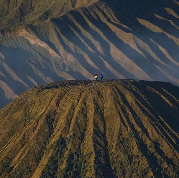 Mount Batok, the Bromo Romance Behind the Beautiful Scenery