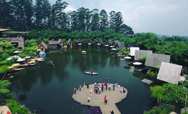 Destinasi Wisata Keluarga di Lembang dusun Bambu