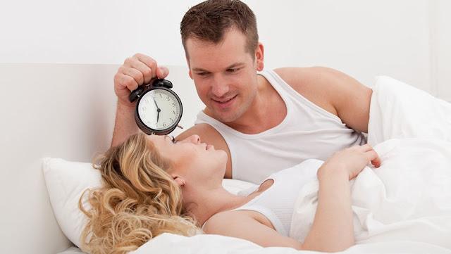 Căn cứ vào độ tuổi, người ta có thể tính được số lần quan hệ tình dục trong tuần