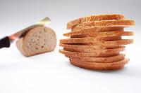 Μπαγιάτικο ψωμί για τα μπιφτέκια, κεφτές, σκορδαλιά,ταραμοσαλάτα