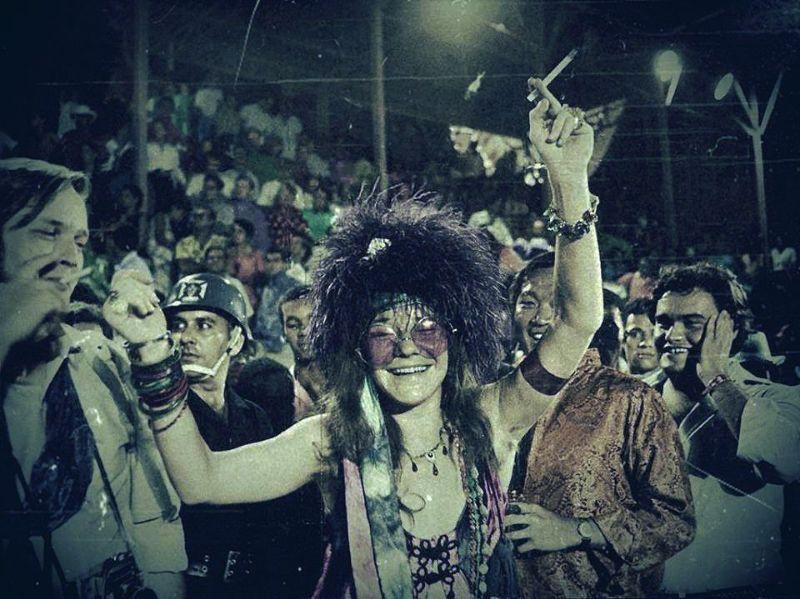 The Lost Janis Joplin Topless Photos In Copacabana, Rio De -8901