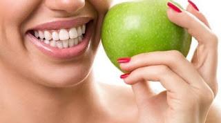 Ingin Gigi Tetap Kuat? Yuk Rajin Mengkonsumsi 12 makanan ini supaya gigi kuat dan gusi sehat