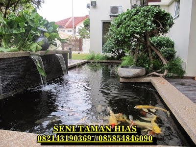 kolam minimalis ikan koi - tukang taman surabaya