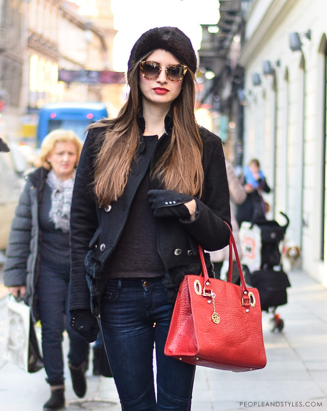 How to wear cossack hat and red lipstick, photo peopleandstyles.com