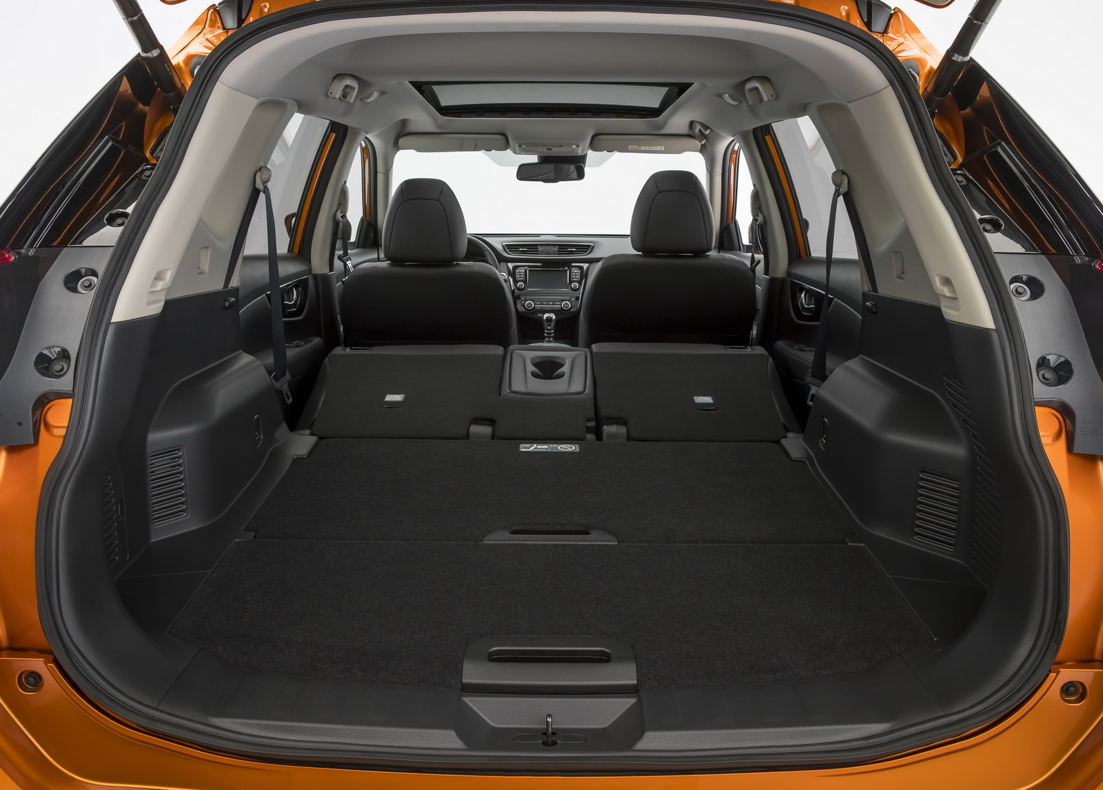 nissan updates x trail suv with sharper looks semi autonomous tech carscoops. Black Bedroom Furniture Sets. Home Design Ideas