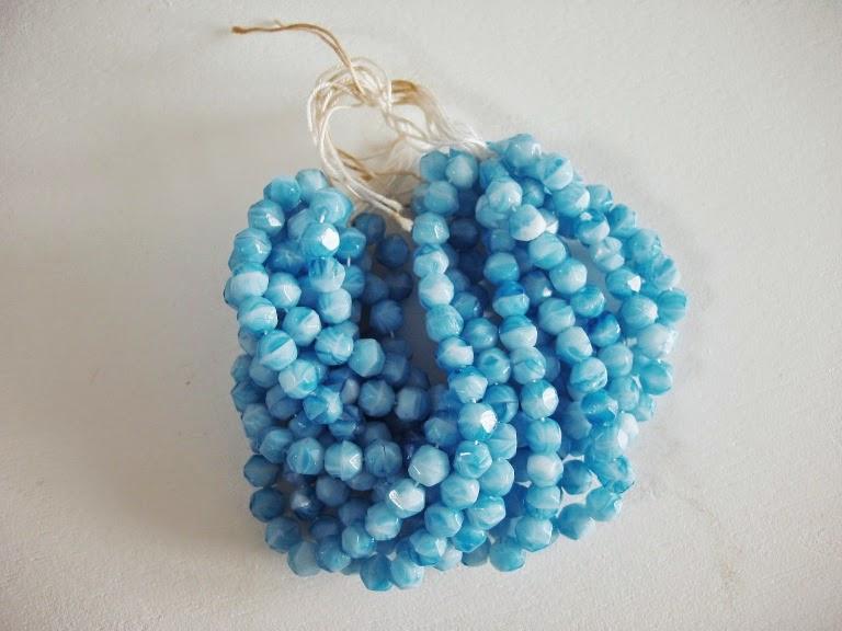 vintage klaashelmed perles ancien de verre antik perlen