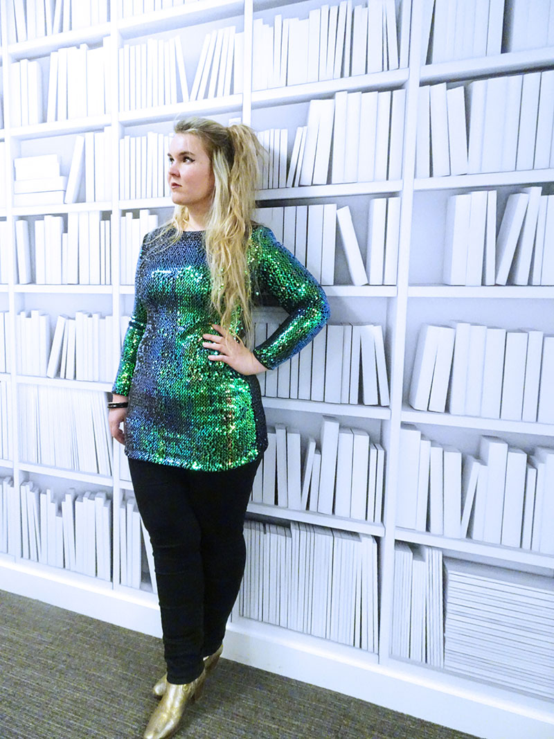 Christmas_Party_Outfit_Green_Sequin_Dress