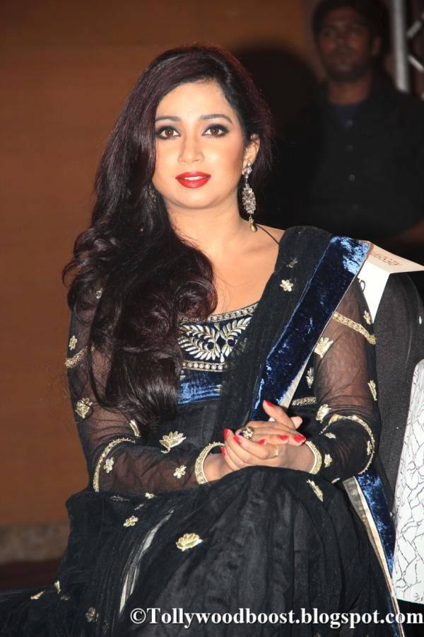 Bollywood Singer Shreya Ghoshal Stills In Black Dress