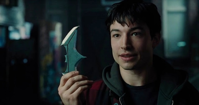 Ezra Miller regresará como Flash en Justice League