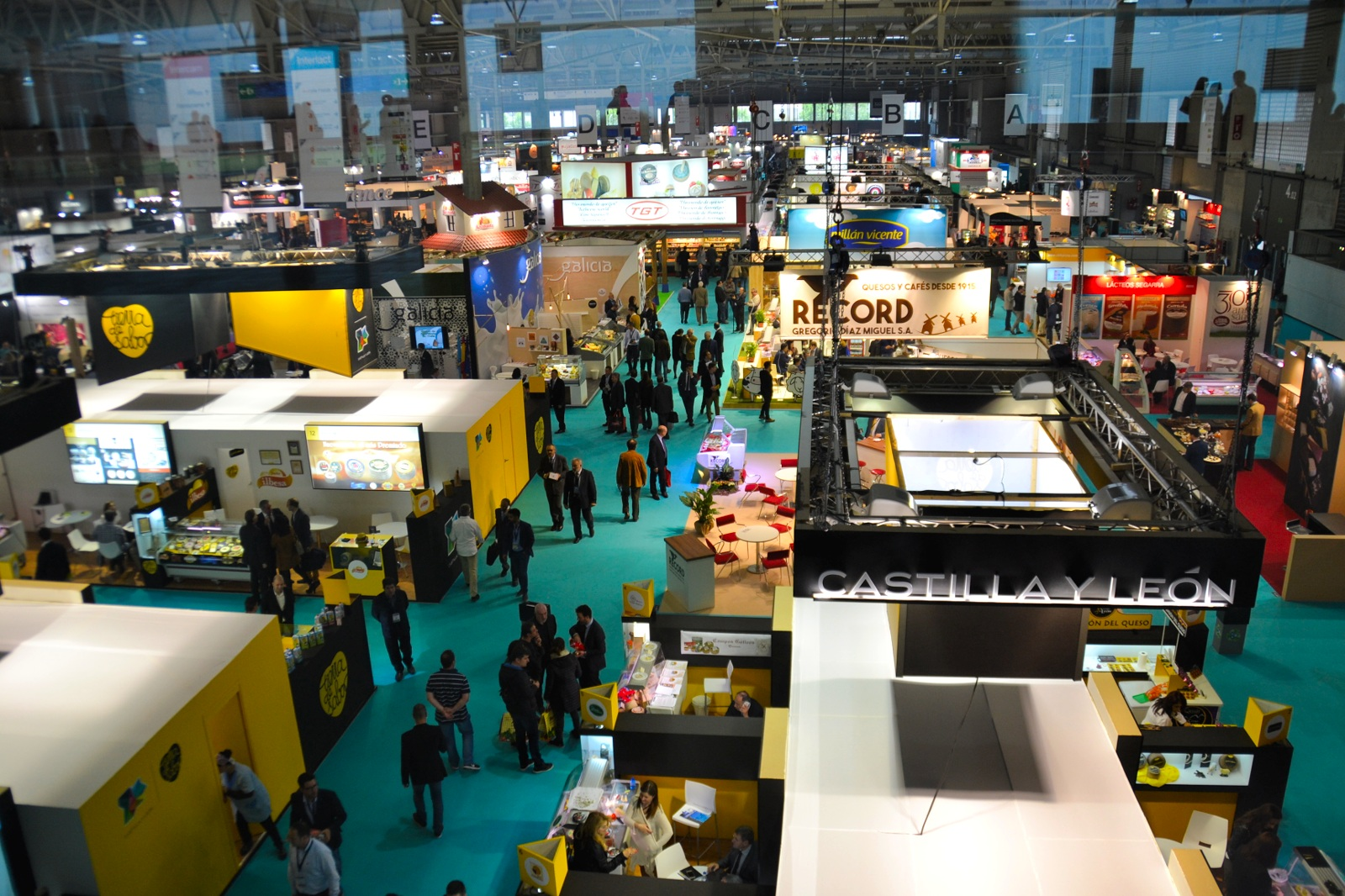 VISITING ALIMENTARIA, INTERNATIONAL FOOD & DRINKS EXHIBITION