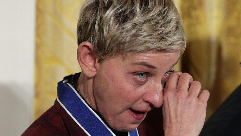 A emoção de Ellen DeGeneres ao ser homenageada por Obama