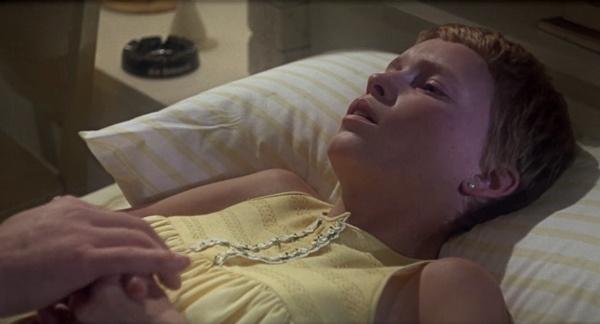 El bebé de Rosemary (1968) BRRip HD 720p Latino Dual