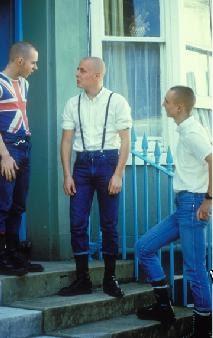 Rencontre entre skinhead