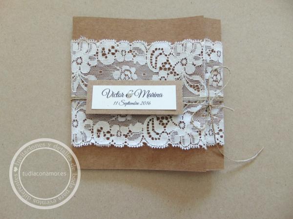 Invitación de boda con puntilla