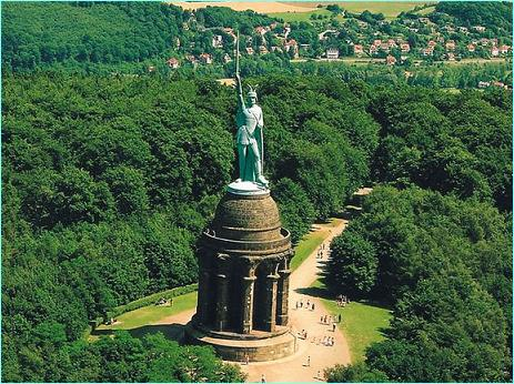 Hermannsdenkmal, Detmold, Monumento, Arminio, Varo, Teutoburgo, legiones, Roma, romanos, Germania, germanos, queruscos, Augusto, Tusnelda